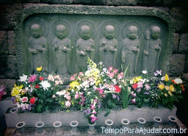 6 estátuas de Jizo