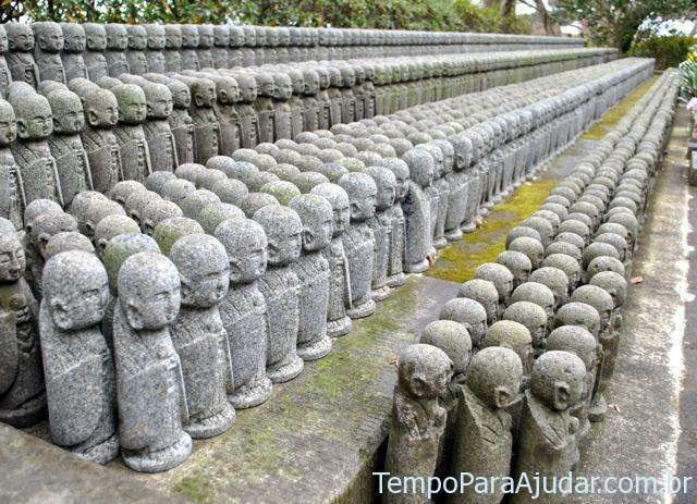 Estátuas de Jizo no Japão