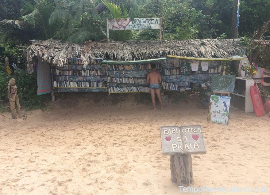 Biblioteca na Praia do Amor