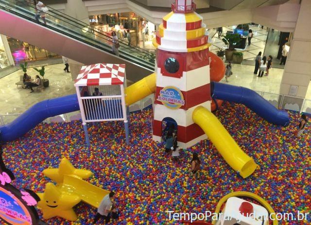 Mar de bolinhas no Shopping Eldorado