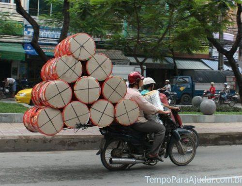 A loucura das motos no Vietnã