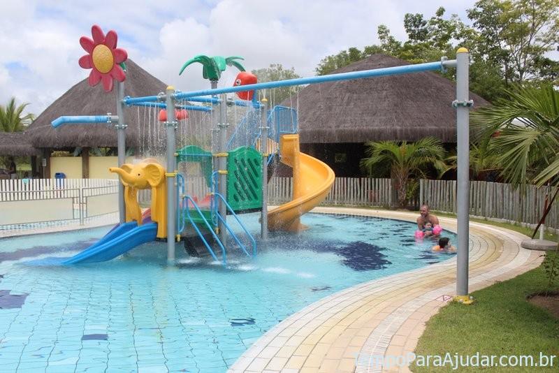 Piscina infantil no Petit Club Med em Trancoso