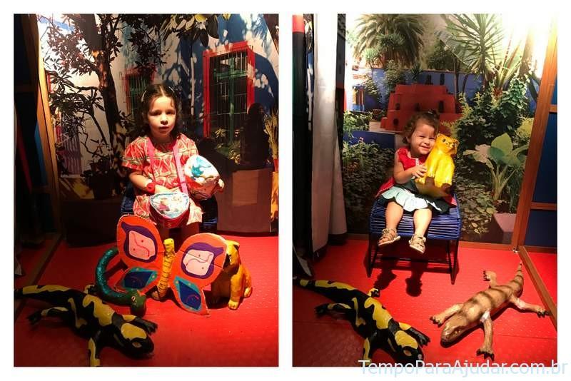 """Auto retrato na Exposição """"Frida e eu"""" para crianças em São Paulo"""