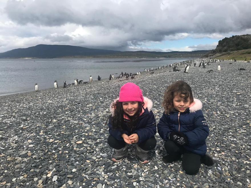 Crianças na pinguinera em Ushuaia